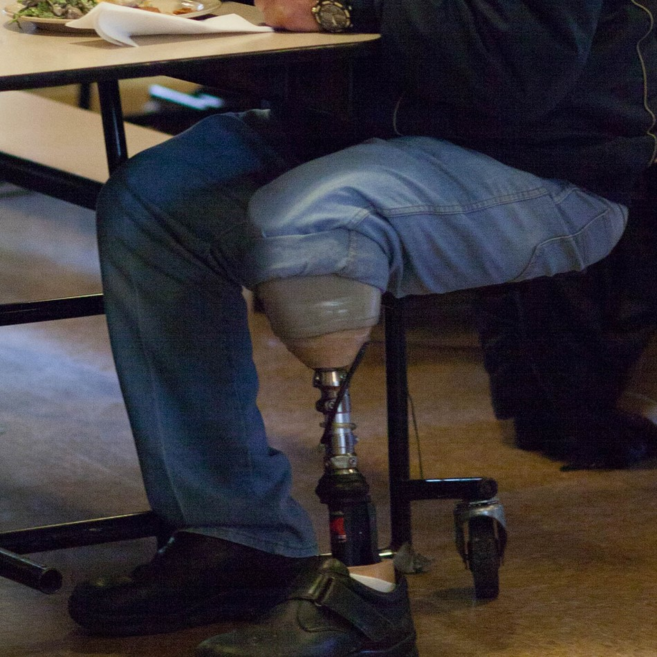 Mens_Shelter_Meal_Leg.jpg